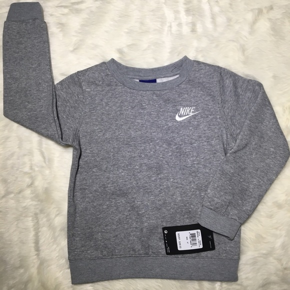 Nike Other - **LOWEST OFFER** NWT Nike sweatshirt